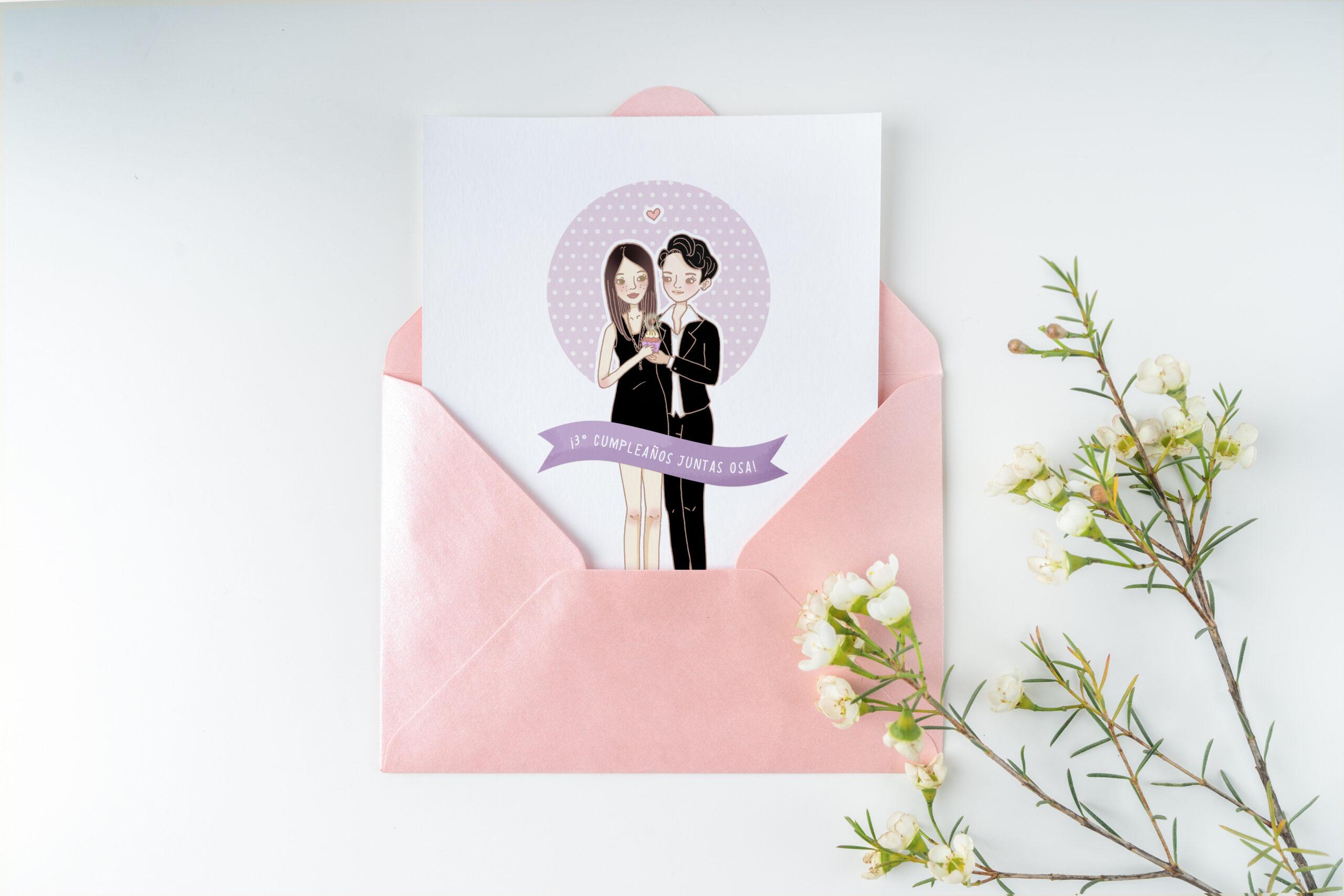 sobre rosada papel blanco con ilustracion de pareja color violeta